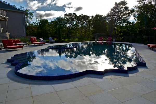 Inground Perimeter overflow NJ custom pool company 600x400 NJ Custom Inground Pool Builder
