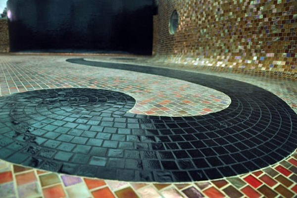custom inlay glass tile pool builder 600x400 NJ Custom Inground Pool Builder