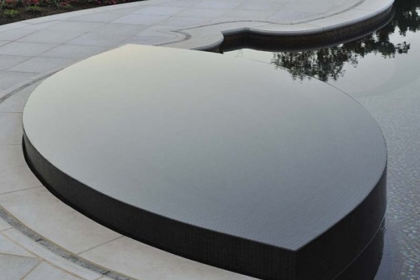 perimeter overflow spa design and installation NJ Company 600x400 NJ Custom Inground Pool Builder