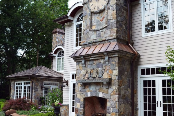 Formal Stone Fireplace outdoor fire feature Design 600x400 Outdoor Fireplace & Fire Pits