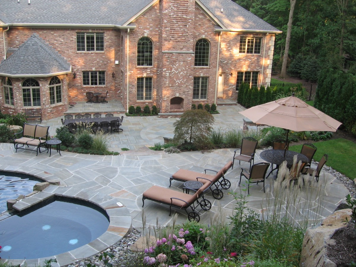 Natural stone patio wall design for pools landscaping nj - Pool patio design ...