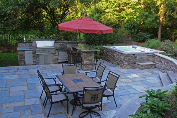 Ridgewood NJ award winning spa design 600x400 Award Winning Pools & Landscaping