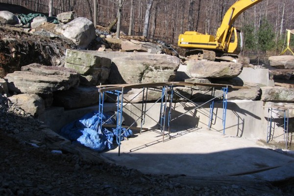 constructionl landscaping boulder waterfalls pool renovation design 600x400 Landscape Construction