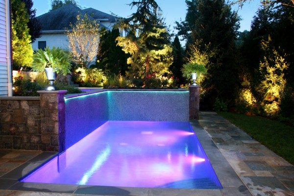 custom glass tile luxury pool design nj 600x400 Luxury Swimming Pools