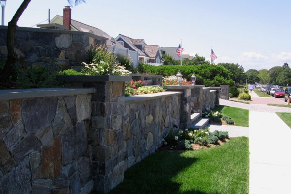 custom natural stone masonry design 600x400 Masonry  Stone Patios & Walls