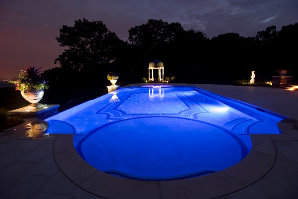 custom zero infinity glass tile luxury swimming pool design nj 600x400 Luxury Swimming Pools