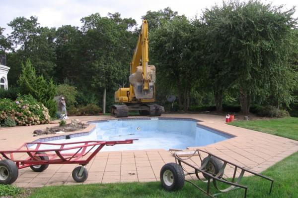 kinnelon NJ pool renovation roman style 600x400 Custom Swimming Pool Renovations
