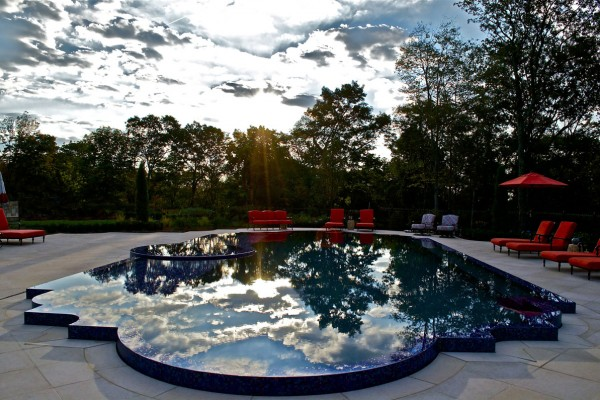 kinnelon nj award winning custom perimeter over flow pool 1 600x400 Award Winning Pools & Landscaping
