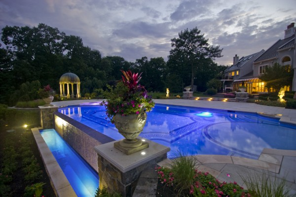 kinnelon nj award winning infinity edge pool 600x400 Award Winning Pools & Landscaping