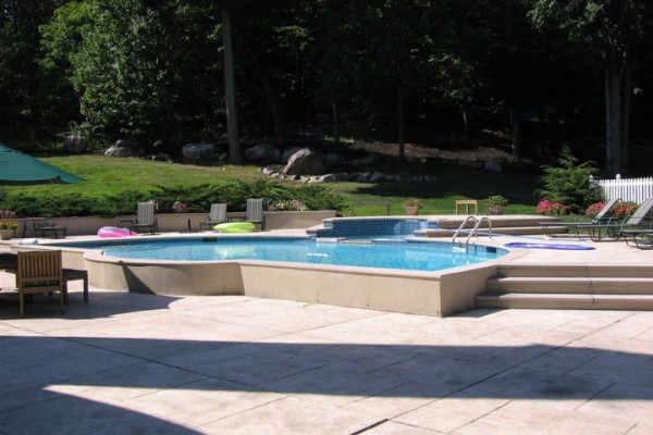 mahwah nj pool renovation natural pool 600x400 Custom Swimming Pool Renovations