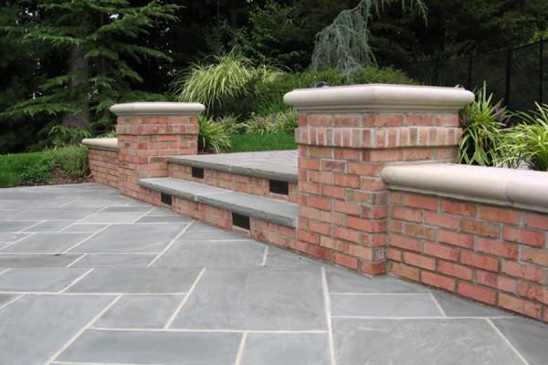 natural stone masonry brick pier 600x400 Masonry  Stone Patios & Walls