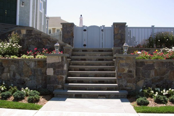natural stone masonry outdoor step entrance 600x400 Natural Stone Mason Contractor