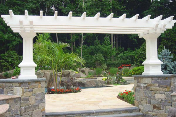natural stone masonry pergola entrance 600x400 Natural Stone Mason Contractor