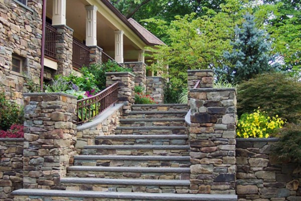 natural stone masonry walkway design 600x400 Masonry  Stone Patios & Walls