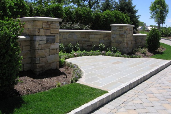 natural stone wall masonry nj 600x400 Masonry  Stone Patios & Walls