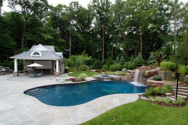 natural swimming pool cabana house construction 600x400 Custom Cabana, Pergola & Gazebo Design