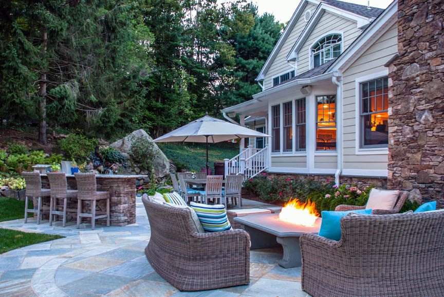 Stone masons company natural outdoor patios bergen county nj for Pool show lyon france