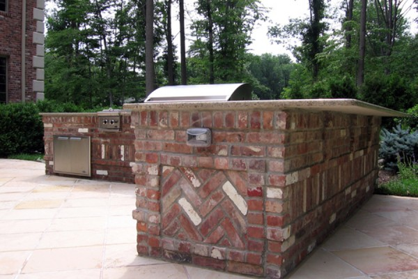 Outdoor kitchen bbq design installation bergen county nj for Outdoor kitchen brick design