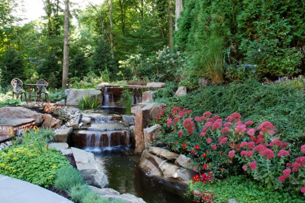 pond garden area saddle river nj 600x400 Trees & Plants