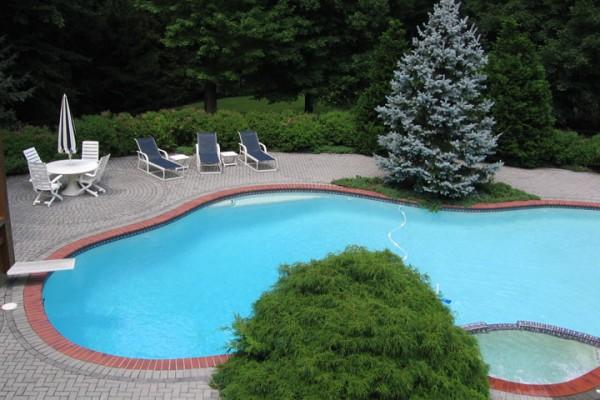 saddle river nj pool renovation custom design 600x400 Custom Swimming Pool Renovations