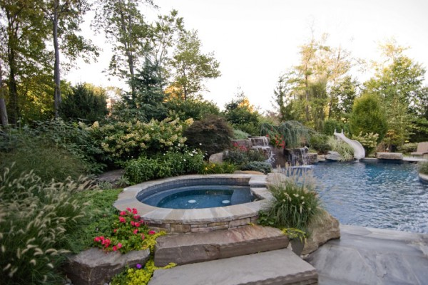 Spa Pool Landscaping Natural Design 600x400 Pool Landscaping