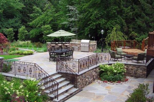 Two Tier Bluestone Outdoor Masonry Patio Design 600x400 Stone Patios Walls