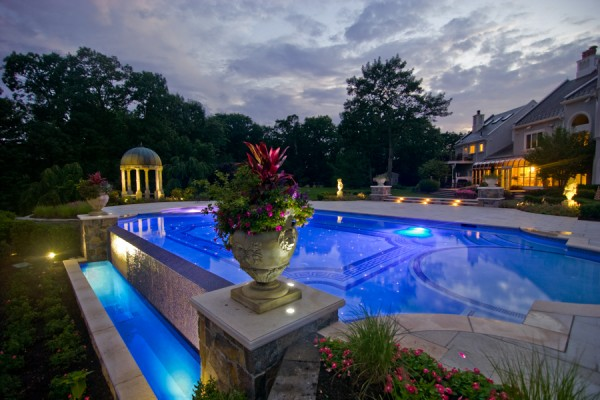 vanishing edge glass tile inground swimming pool design 600x400 Pool Design