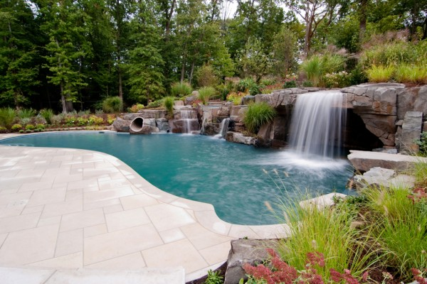 2011 apsp swimming pool awards 15 600x400 Award Winning Pools & Landscaping