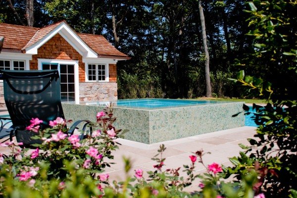 2011 apsp swimming pool awards 4 600x400 Award Winning Pools & Landscaping