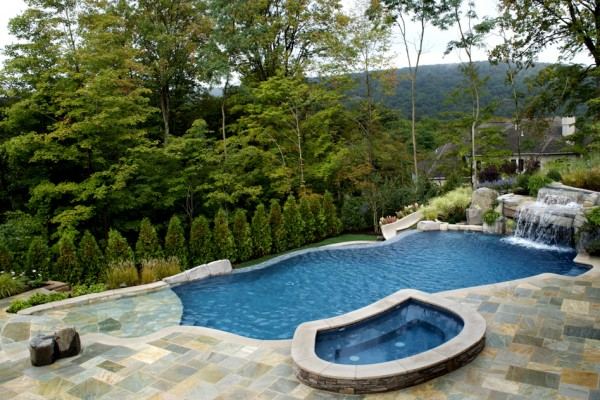2011 nespa swimming pool awards 2 600x400 Award Winning Pools & Landscaping
