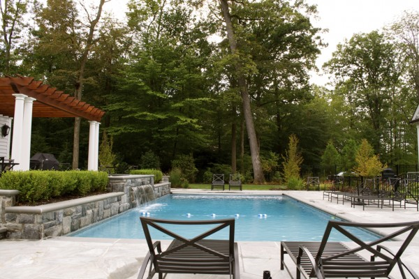 2011 nespa swimming pool awards 4 600x400 Award Winning Pools & Landscaping