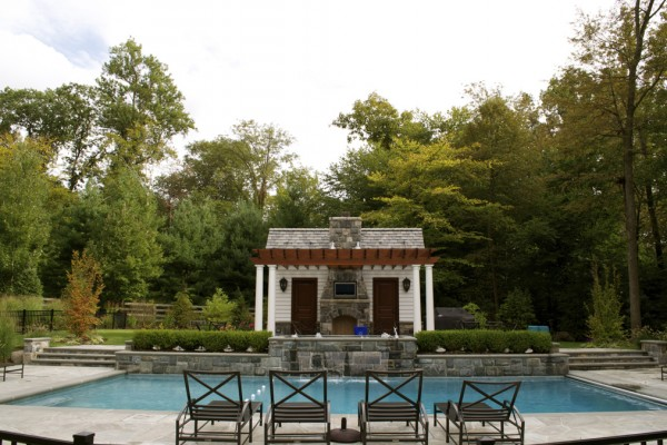 2011 nespa swimming pool awards 5 600x400 Award Winning Pools & Landscaping