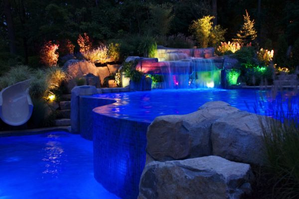 Vanishing-Edge-Pool-Mahwah-NJ-Cantal-Night-View