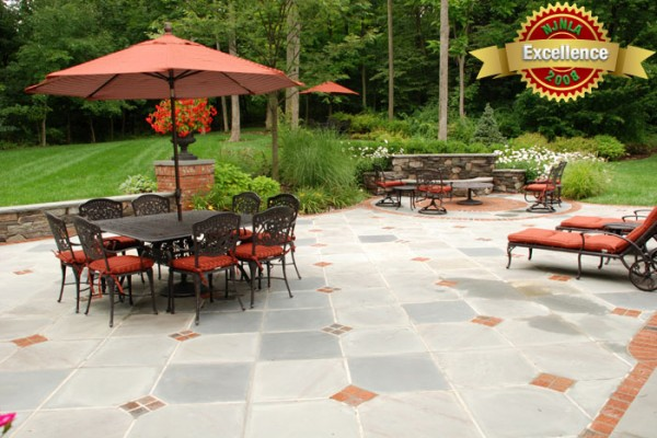 brick and stone patios stone patio 600x400 Award Winning Pools & Landscaping