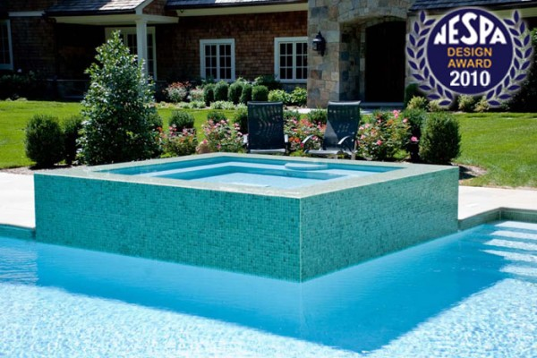 gunite swimming pool and spa design 600x400 Award Winning Pools & Landscaping