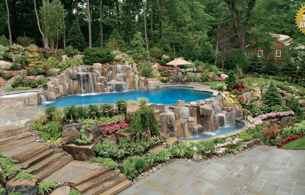 infinity pools vanishing edge pools negative edge pools 600x385 Award Winning Pools & Landscaping