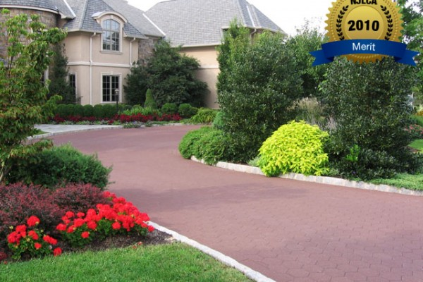 landscaping front yard landscape 600x400 Award Winning Pools & Landscaping