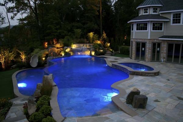 mahwah nj large vanishing edge swimming pool design 600x400 Vanishing Edge Pool  Mahwah NJ