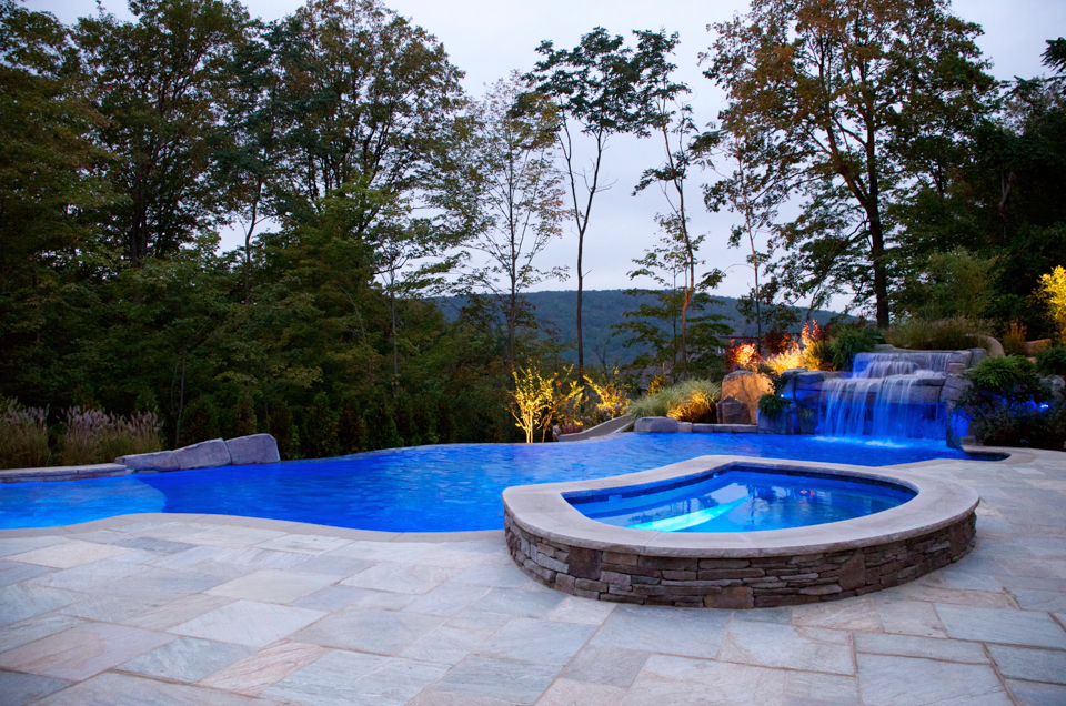 Vanishing edge pool mahwah nj cipriano landscape design and custom swimming pools - Infinity edge swimming pool ...