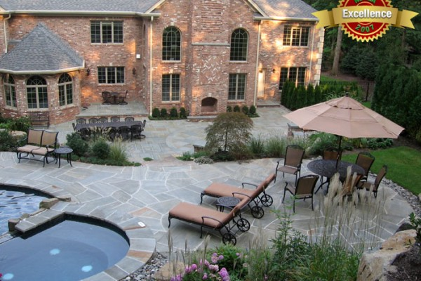 pool designer swimming pool designer 600x400 Award Winning Pools & Landscaping