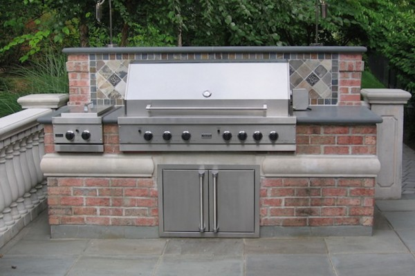 saddle river nj Custom brick stone outdoor bar gril design 600x400 Outdoor Kitchen & Bar Design Saddle River NJ