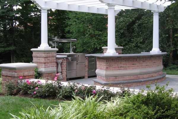 saddle river nj amazing outdoor kitchen bar design pergola 600x400 Outdoor Kitchen & Bar Design Saddle River NJ