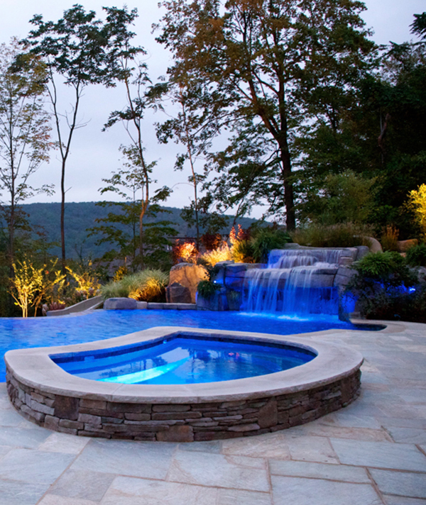 vanishing edge inground swimming pool spa vert Vanishing Edge Pool  Mahwah NJ