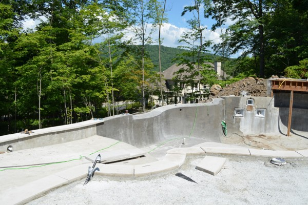 vanishing-edge-pool-builder-construction