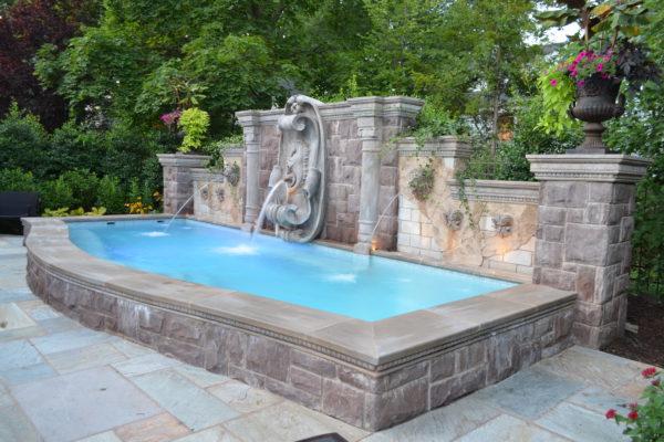 Luxury-Swimming- Pool-Fountain-Day
