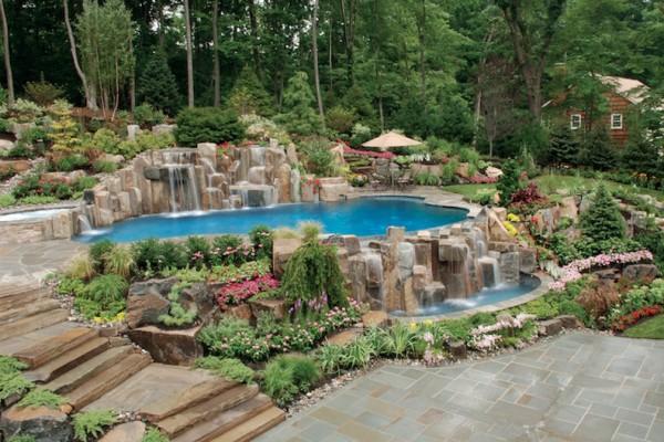 saddle river nj infinity edge inground swimming pool natural design 600x400 Infinity Edge Pool  Saddle River, NJ.