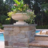 01392767843ndscape design with bluestone piers with precarst planter 2 200x200 PLANNING OUTDOOR POTS AND URNS FOR PATIOS AND PIERS   NJ DESIGNER