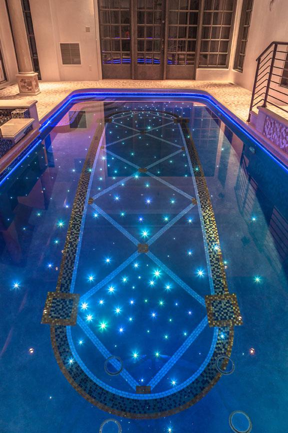 Glass Tile Swimming Pools